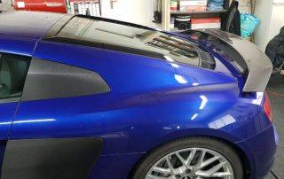 covering-audi-r8-blades